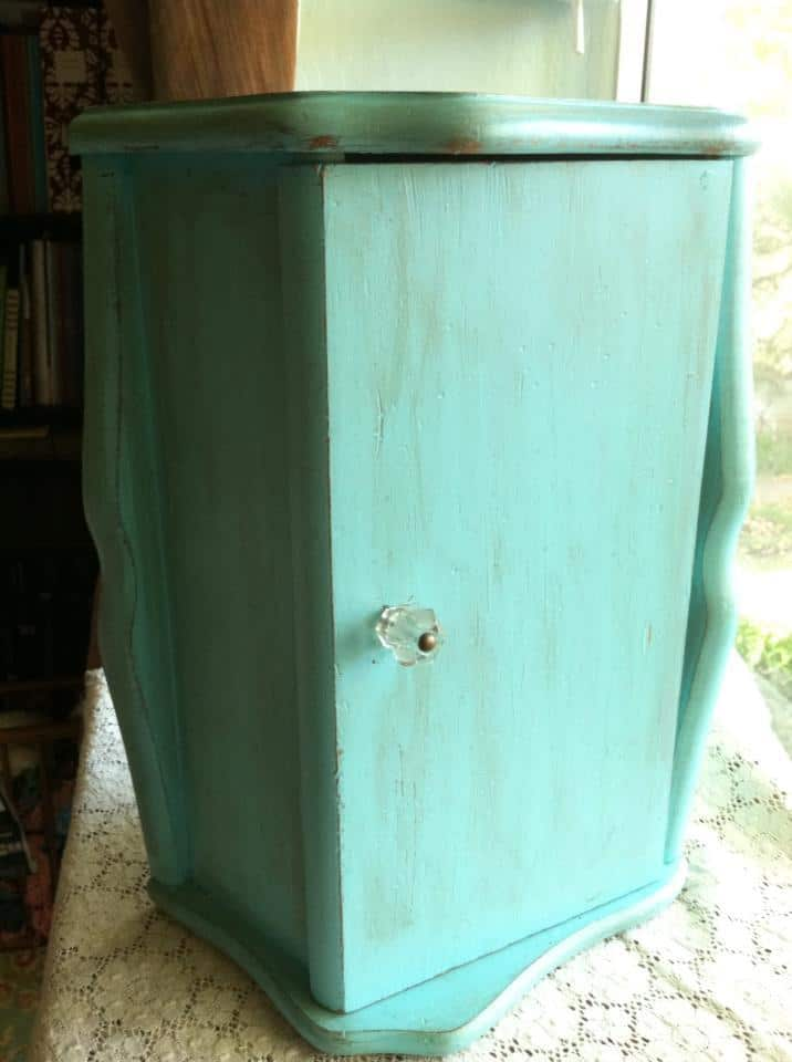 Turquoise Tuesday - Repurposed jewelry cabinet bread box, painted, now a jewelry cabinet | DuctTapeAndDenim.com