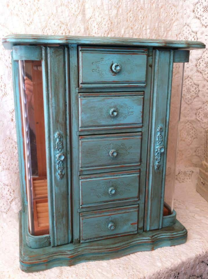 Vintage jewelry cabinet painted turquoise | DuctTapeAndDenim.com