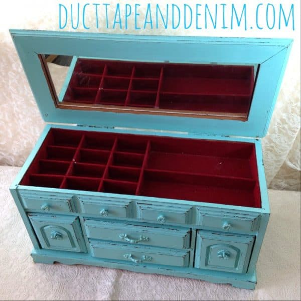 Red inside my turquoise jewelry box makeover | DuctTapeAndDenim.com