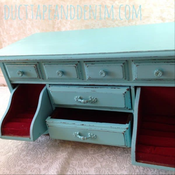 Turquoise and red combination on old jewelry box makeover | DuctTapeAndDenim.com