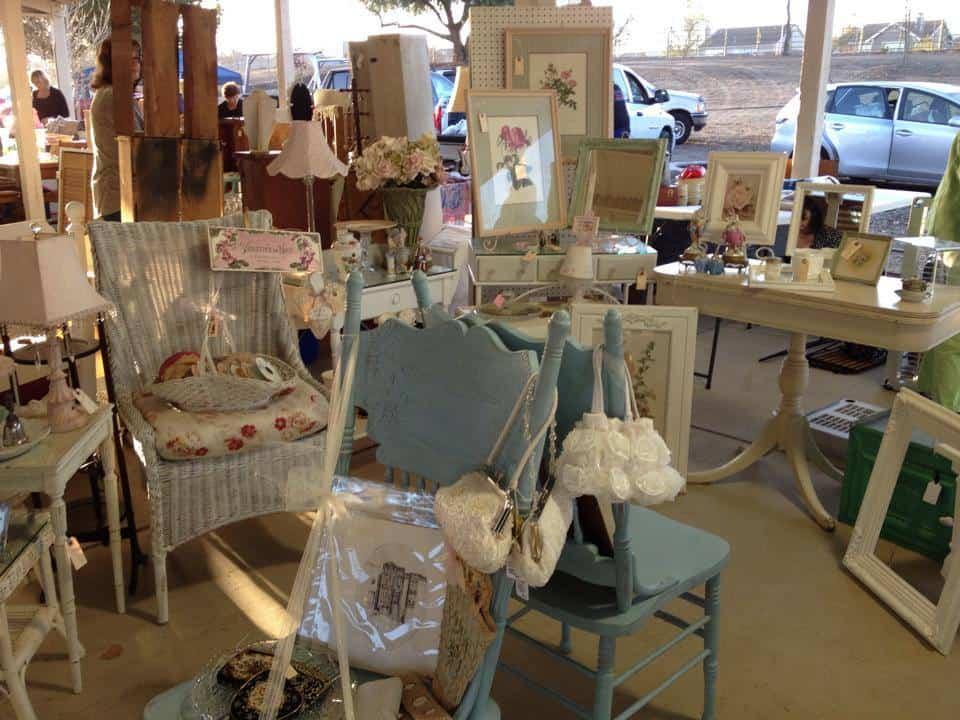 Booth at Roadside Relics Vintage Market, Livermore, CA   DuctTapeAndDenim.com