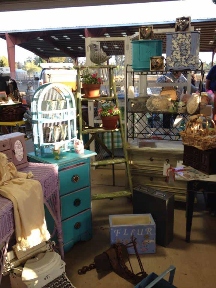 Booth at Roadside Relics Vintage Market in Livermore, California   DuctTapeAndDenim.com