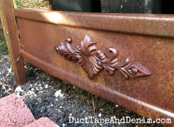 Detail on vintage heater | DuctTapeAndDenim.com