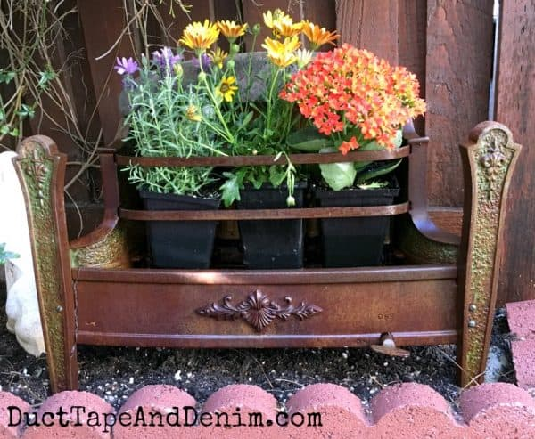 Vintage heater with flowers | DuctTapeAndDenim.com