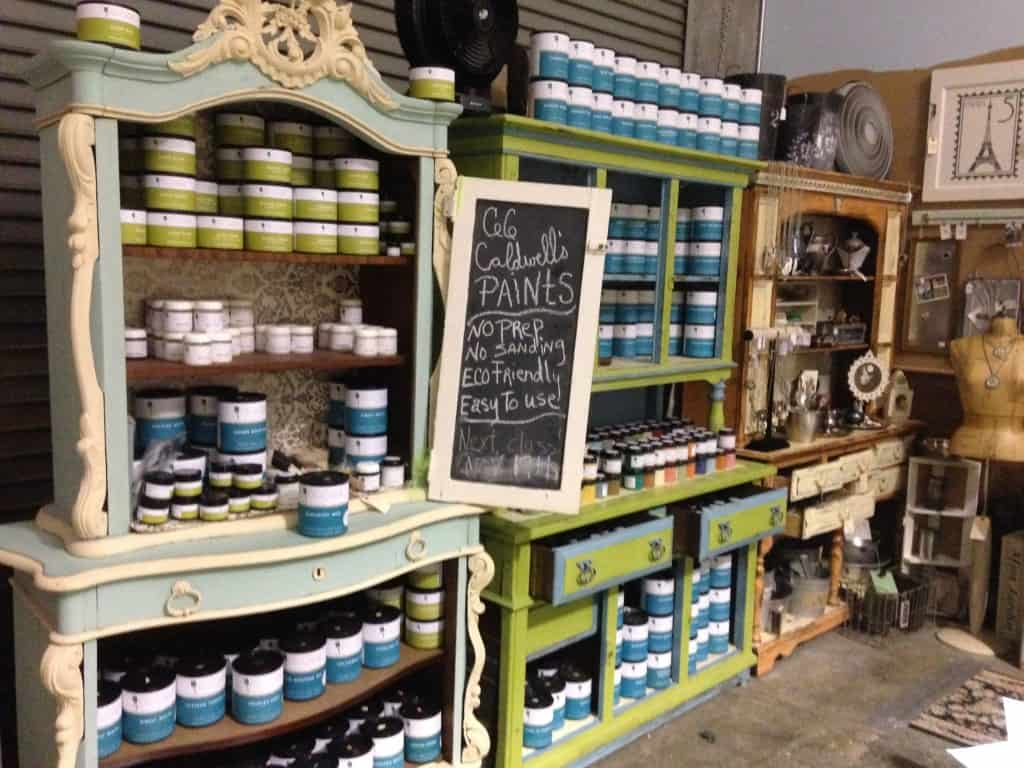 CeCe Caldwell Paints at Paris Flea Market in Livermore, California | DuctTapeAndDenim.com