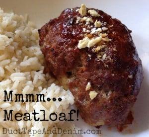 Mmmmmm... my favorite meatloaf recipe   DuctTapeAndDenim.com