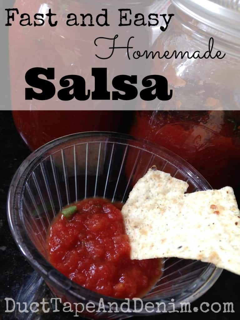 Fast easy homemade salsa recipe | DuctTapeAndDenim.com