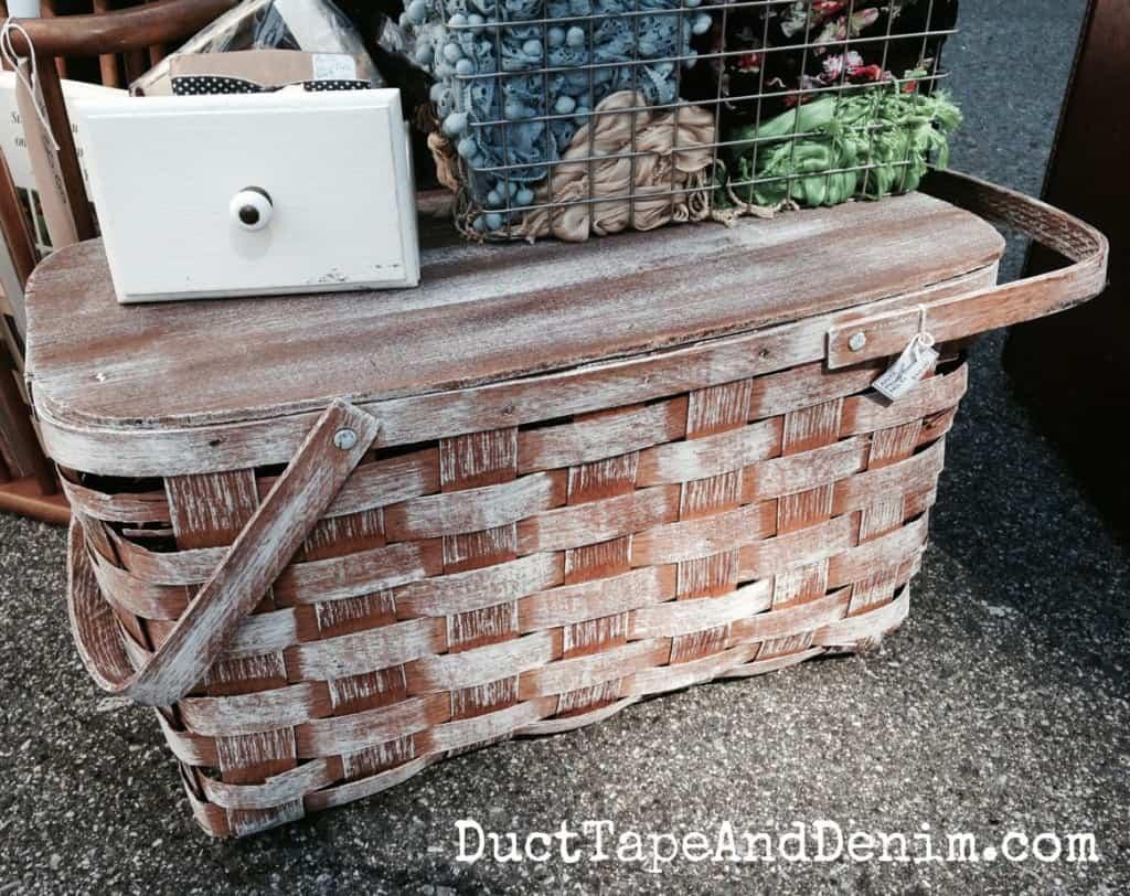 How to paint a picnic basket... after photo   DuctTapeAndDenim.com
