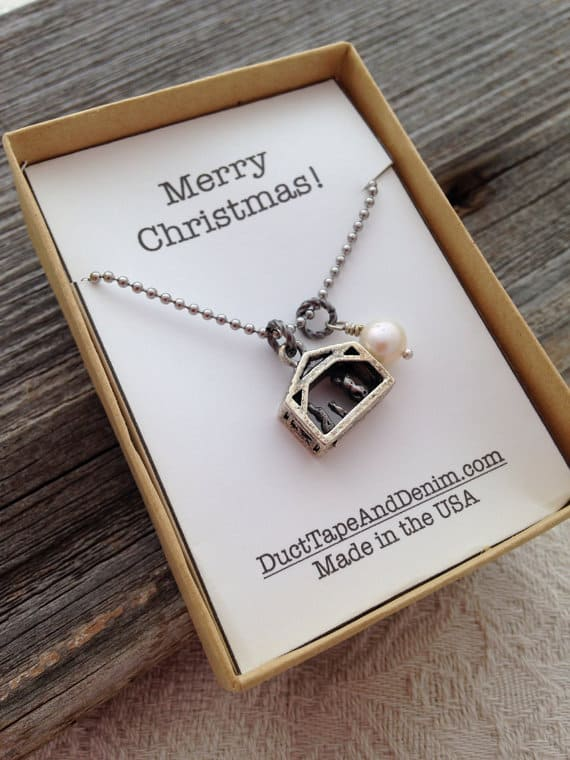 Merry Christmas gift box insert with Nativity necklace | DuctTapeAndDenim.com
