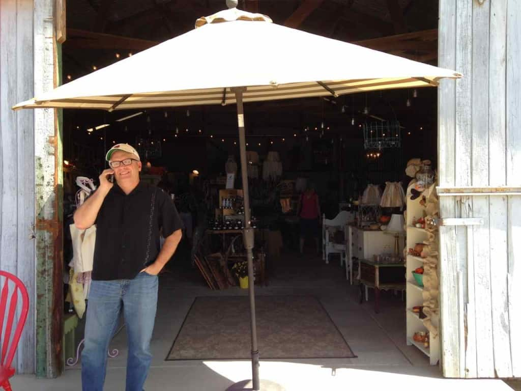 The Music Man found some shade at the September opening of the Almond Blossom Barn Boutique | DuctTapeAndDenim.com