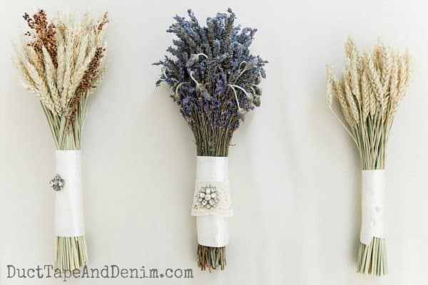 Bouquets for maid of honor, bride, and bridesmaids   DuctTapeAndDenim.com