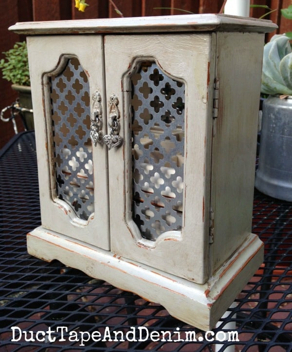 Vintage Jewelry Cabinet Makeover