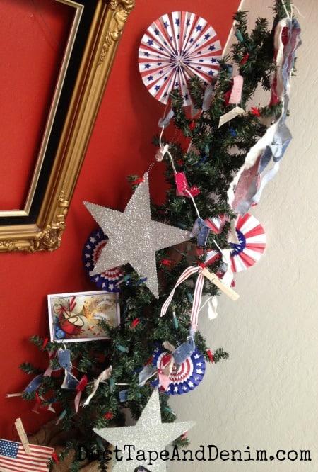 Close up of my patriotic tree | DuctTapeAndDenim.com