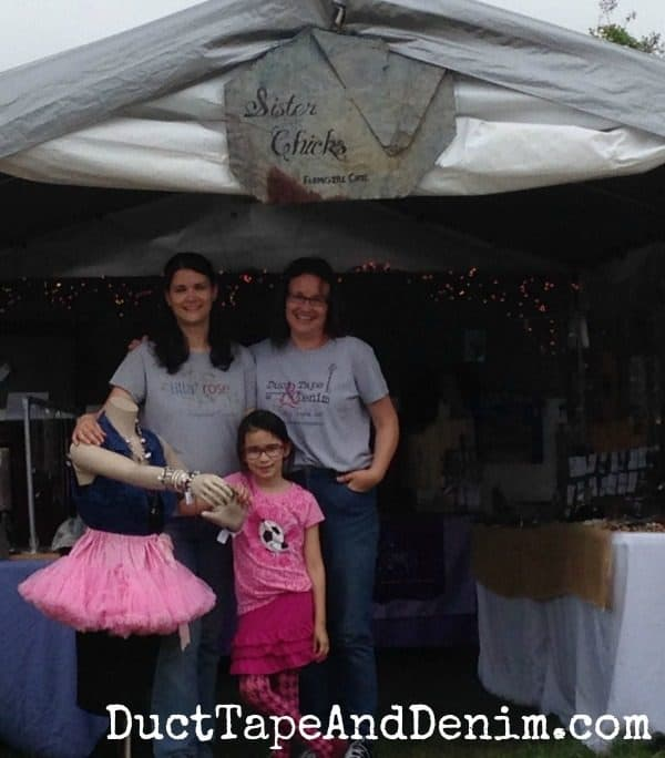 The Sister Chicks at Antique Alley   DuctTapeAndDenim.com