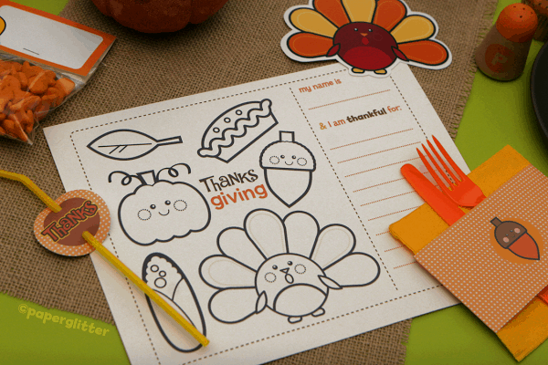 This printable will help you set the kids table and keep them busy, one of my favorite FREE kids Thanksgiving printables | DuctTapeAndDenim.com