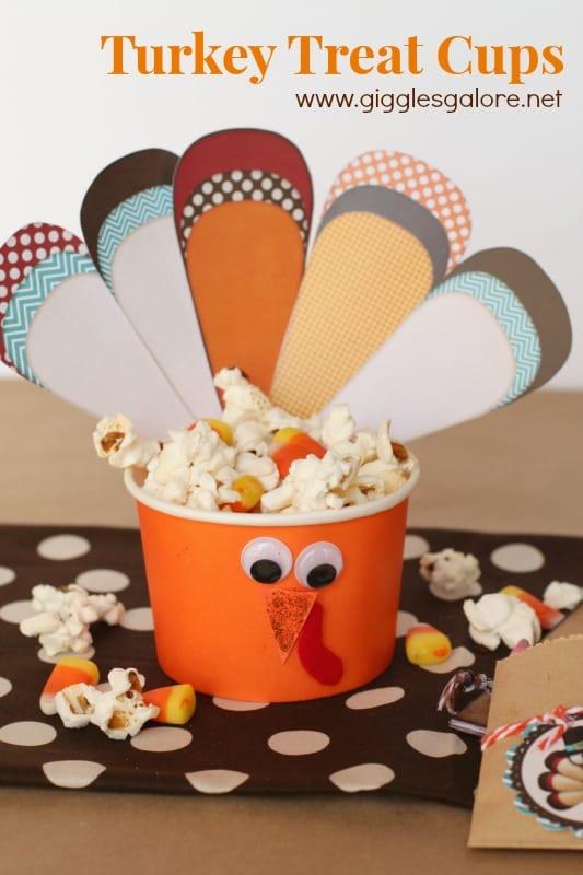 Turkey-Treat-Cups-with-popcorn