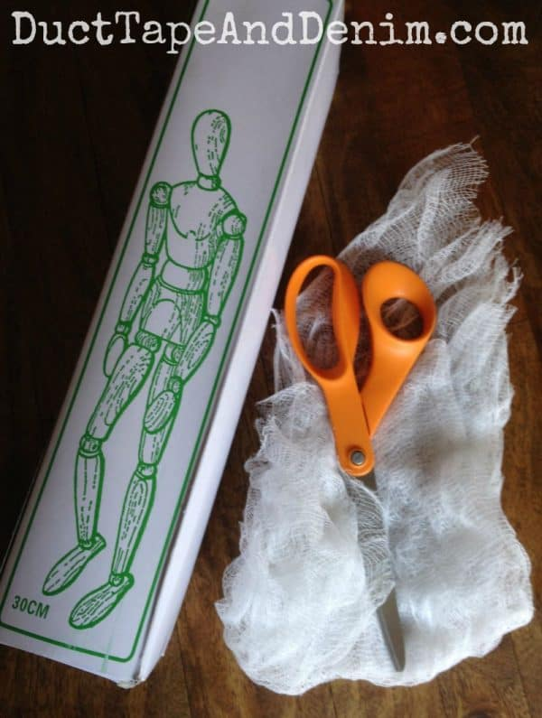 Only two supplies and one tool needed for my Halloween mummy model DIY craft projects! DuctTapeAndDenim.com