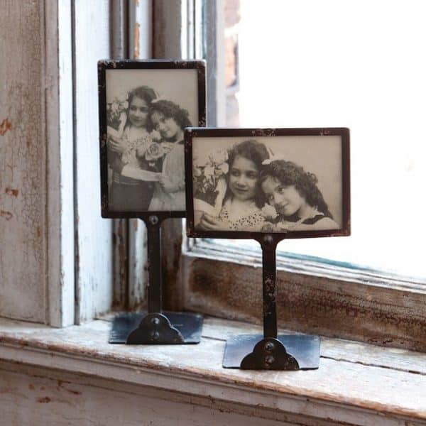 Vintage style picture frame on metal stand. A favorite from our 2015 Holiday Gift Guide | DuctTapeAndDenim.com