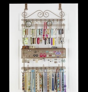 Overdoor jewelry organizer. More jewelry organization ideas on DuctTapeAndDenim.com