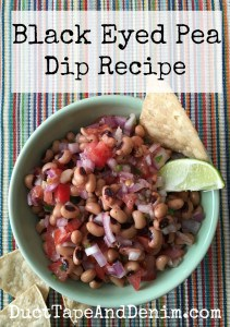 Black Eyed Pea Salsa Dip Recipe, a favorite for game day, tailgating, the Big Game. Quick, easy, and healthy snack. | DuctTapeAndDenim.com