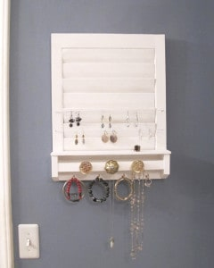 Vintage shutter jewelry holder and more DIY jewelry organization ideas on DuctTapeAndDenim.com