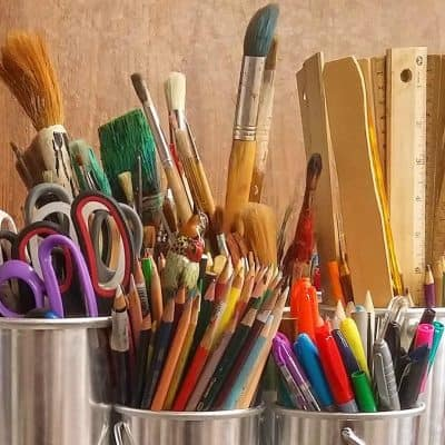 Organizing a Craft Room: 12 Things You Need to Throw Away Right Now