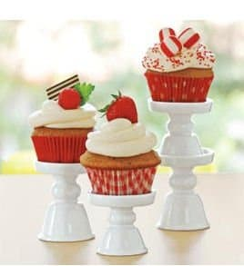 White cupcake pedestal stand ~ gift guide for Fixer Upper fans ~ DuctTapeAndDenim.com