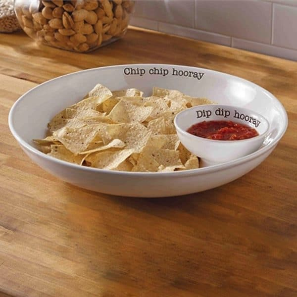 Chip Chip Hooray Chip and dip set for your farmhouse kitchen ~ I'm sure Chip and Joanna Gaines would love this set! | DuctTapeAndDenim.com