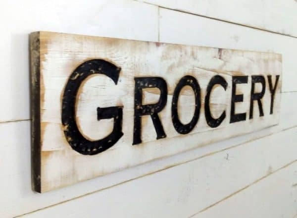 Handmade GROCERY sign for your farmhouse kitchen | DuctTapeAndDenim.com