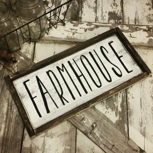 FARMHOUSE sign ~ Gift ideas for Fixer Upper fans ~ DuctTapeAndDenim.com