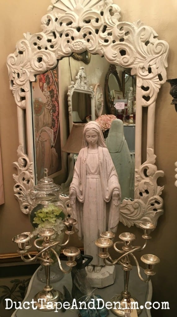 Pam's room at Paris Flea Market   DuctTapeAndDenim.com