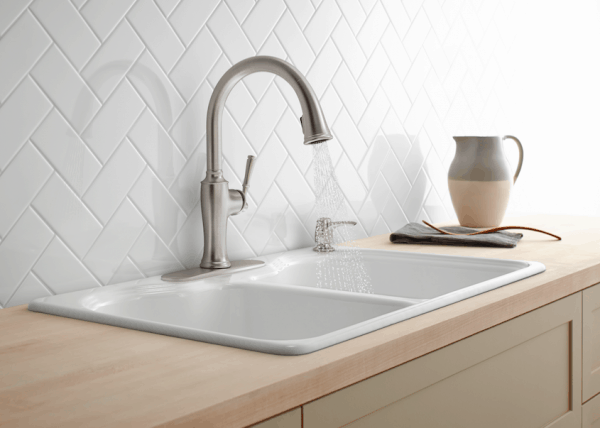 Kohler kitchen faucet from Lowes | DuctTapeAndDenim.com