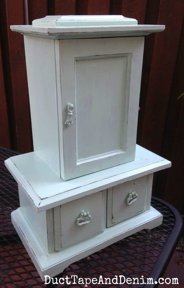 Green jewelry cabinet makeover