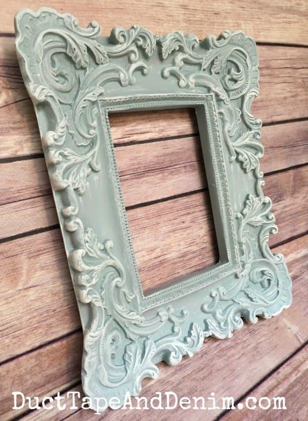 Finished blue frame | DuctTapeAndDenim.com