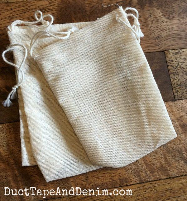 Muslin bags for lavender sachets | DuctTapeAndDenim.com