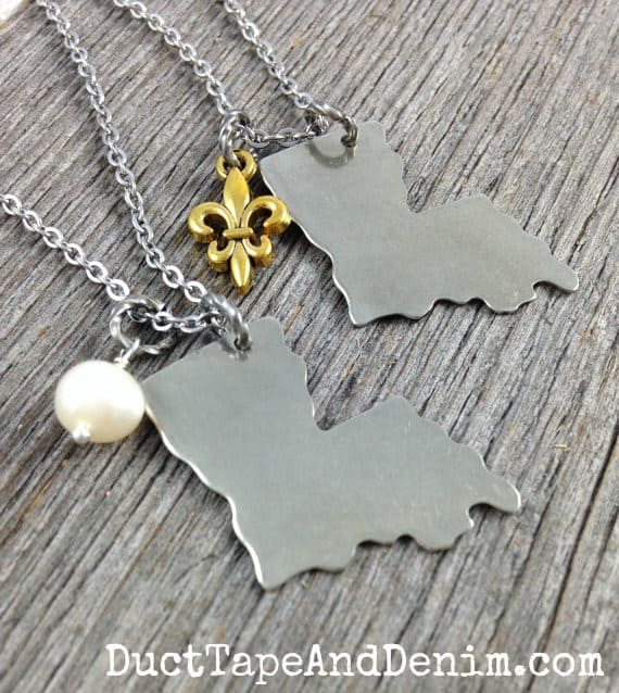Simple Silver Louisiana state shape necklace with freshwater pearl or gold fleur de lis charm. | DuctTapeAndDenim.com