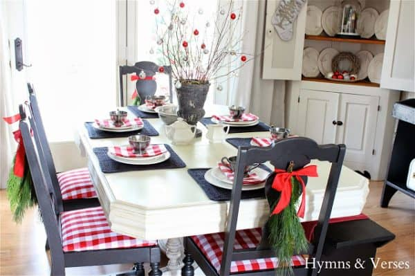 Red white plaid, more farmhouse Christmas decor ideas on DuctTapeAndDenim.com