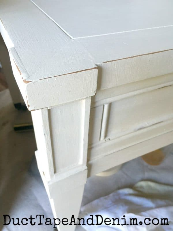 Distressed edges on chalk mix paint end table | DuctTapeAndDenim.com