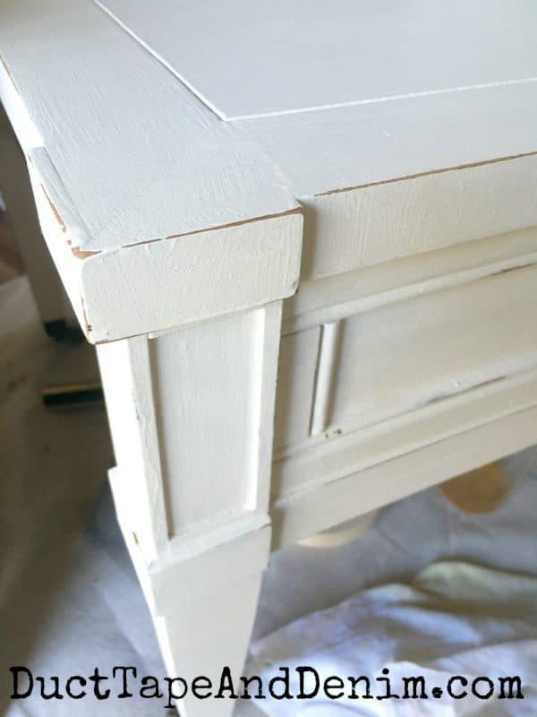 Distressed edges on chalk mix paint end table | DuctTapeAndDenim.com