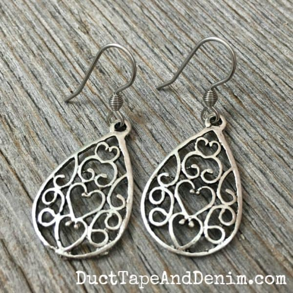 Filigree earrings DIY tutorial video on DuctTapeAndDenim.com