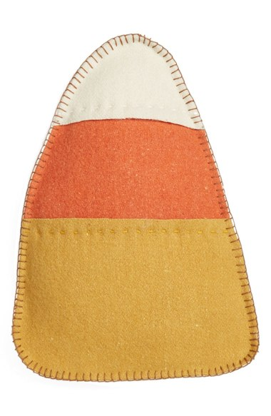 Candy corn fall accent pillow, more Halloween pillows on Duct Tape and Denim blog, DuctTapeAndDenim.com