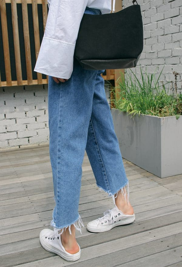 Frayed Hem Jeans What To Wear To Flea Markets Fiftyandfab