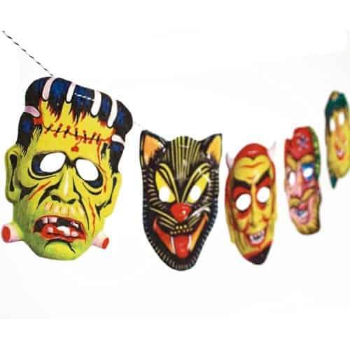 Vintage Halloween mask garland | DuctTapeAndDenim.com