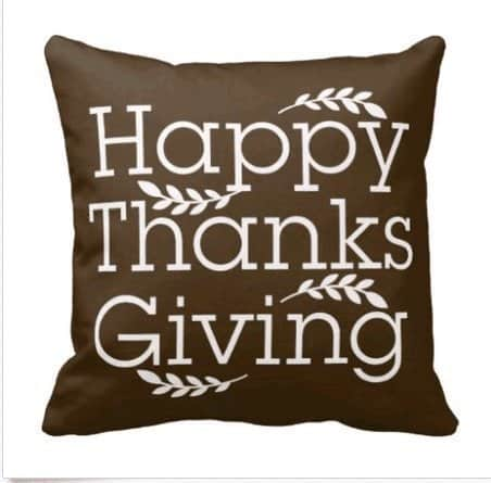 Happy Thanksgiving pillow | DuctTapeAndDenim.com