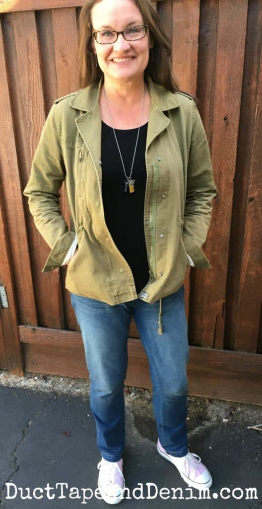 PajamaJeans outfit for travel | Fall fashion over 40 | fall fashion over 50 | DuctTapeAndDenim.com