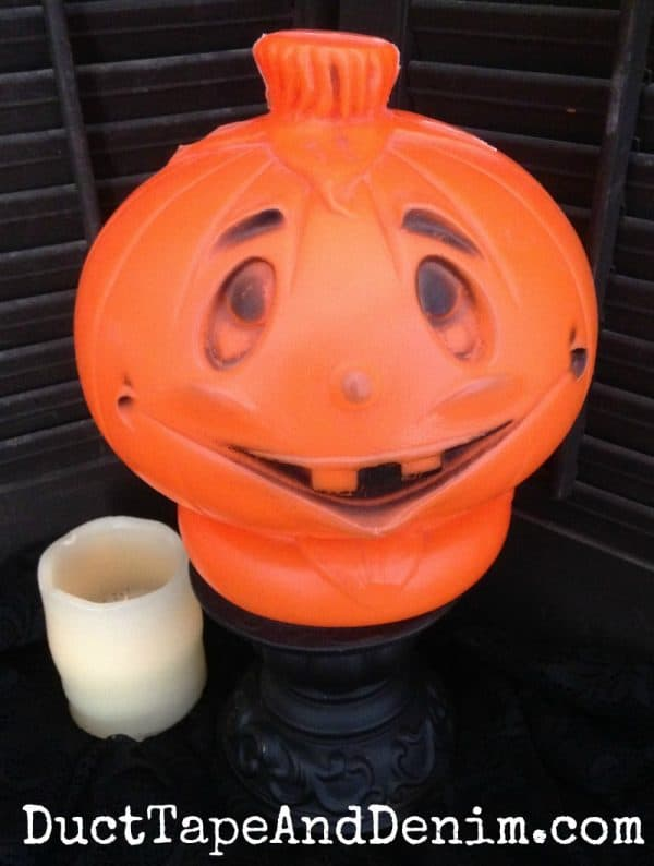 Vintage Halloween decorations, lighted plastic Jack O'Lantern. Where to buy reproduction vintage Halloween decorations on DuctTapeAndDenim.com