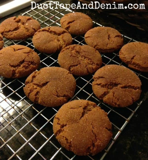 Our favorite gingersnap recipe, gingersnap cookies | DuctTapeAndDenim.com