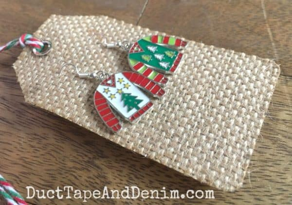Ugly Christmas sweater tags | DuctTapeAndDenim.com