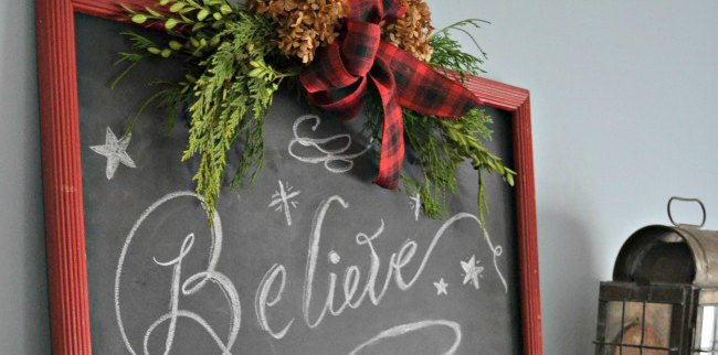 DIY Christmas Chalkboard & My Favorite Chalk Lettering Books | 12DoC, Day Ten