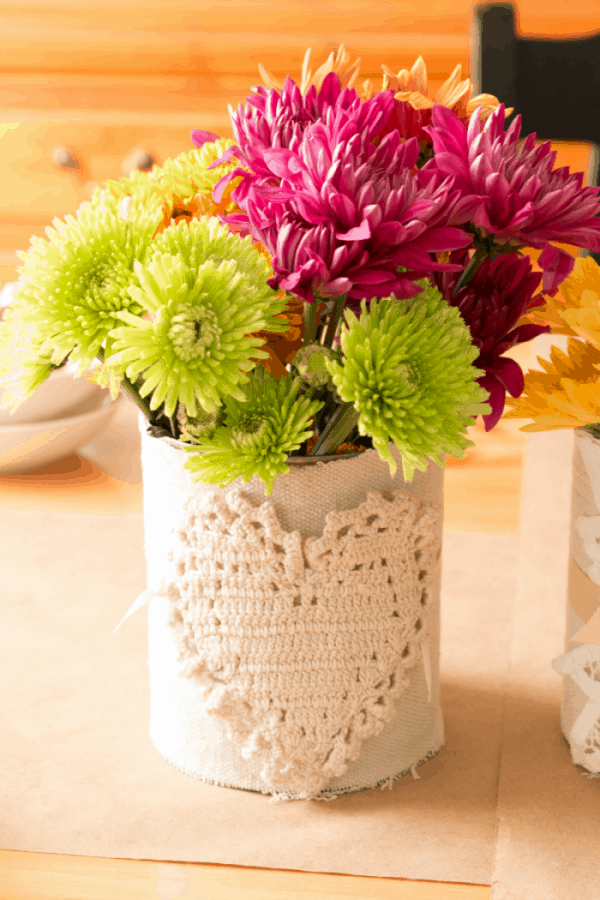 Drop-Cloth-and-Heart-Doily-Flowerpot-Can